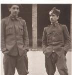 Celso Emilio, á dereita, mobilizado. Xixón, 1937.